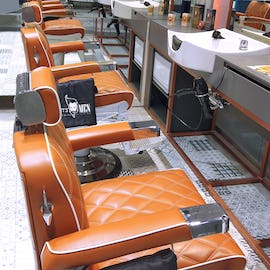 GETT'S Men Barber Shop Plaza Romania